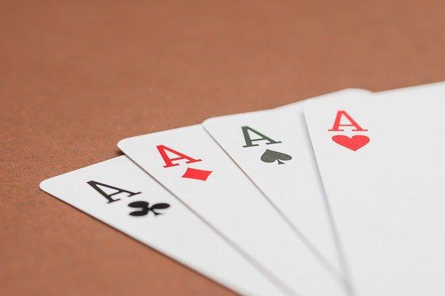 Como Funciona o Vídeo Poker?